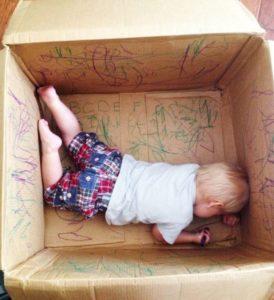 Choisir les premiers jouets de bébé : privilégier la sécurité et le confort