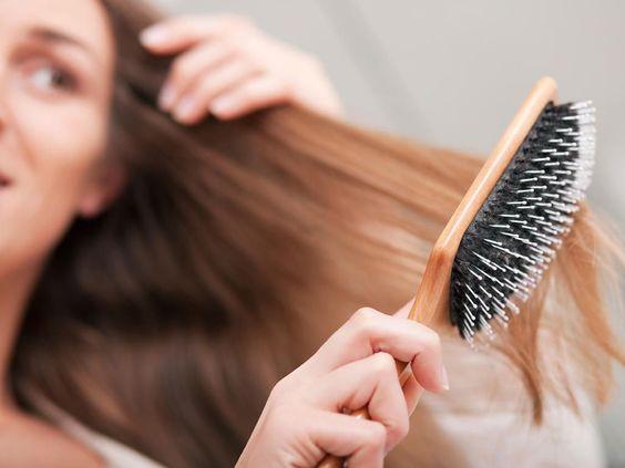 Mom Mag : lutter contre la perte de cheveux après accouchement !