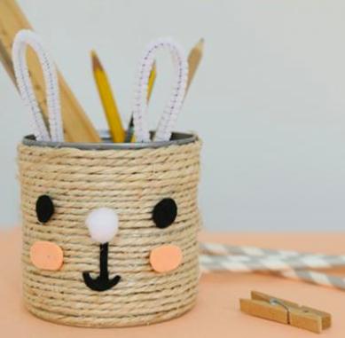 Mom Mag : un pot à crayon lapin DIY